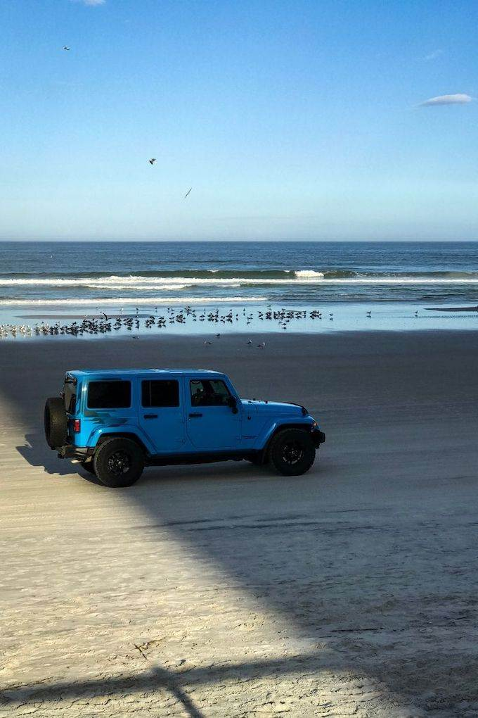 Beach driving on Daytona Beach - Coastal Wandering