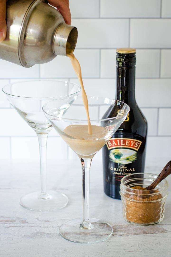 Baileys pumpkin spice cocktail pouring into glass