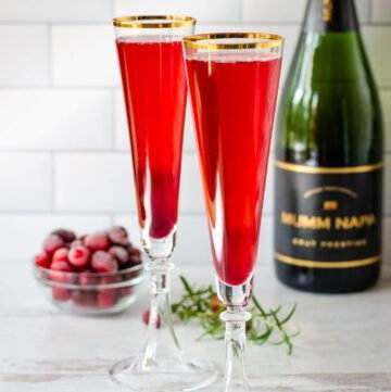 Pomegranate mimosa champagne cocktails