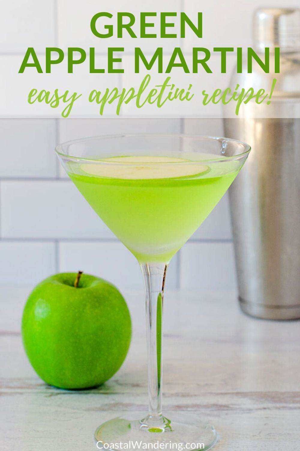 Green Apple Martini Recipe: How To Make a Sour Appletini Cocktail