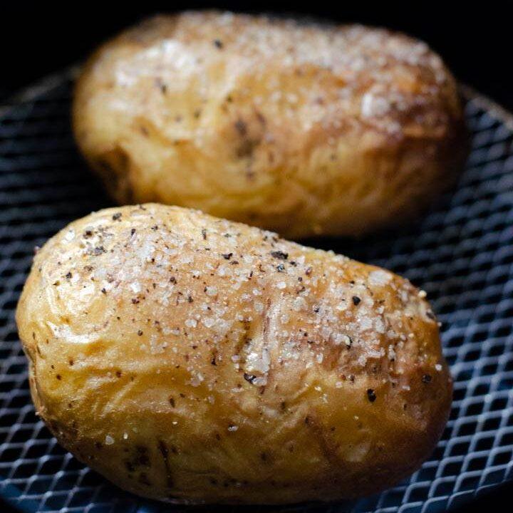 Baked potatoes in air fryer